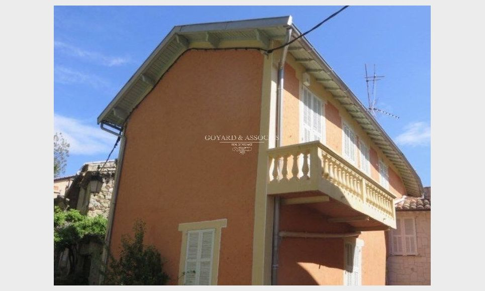 Maison/Villa 4 pièces : Photo 1