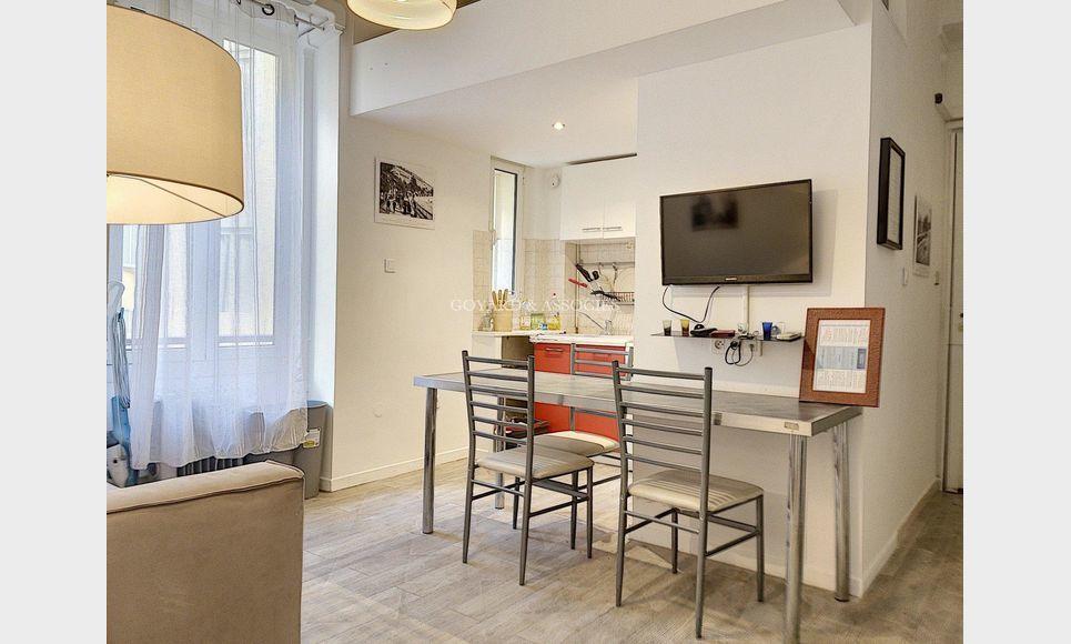 Appartement 3 pièces NICE Centre : Photo 2