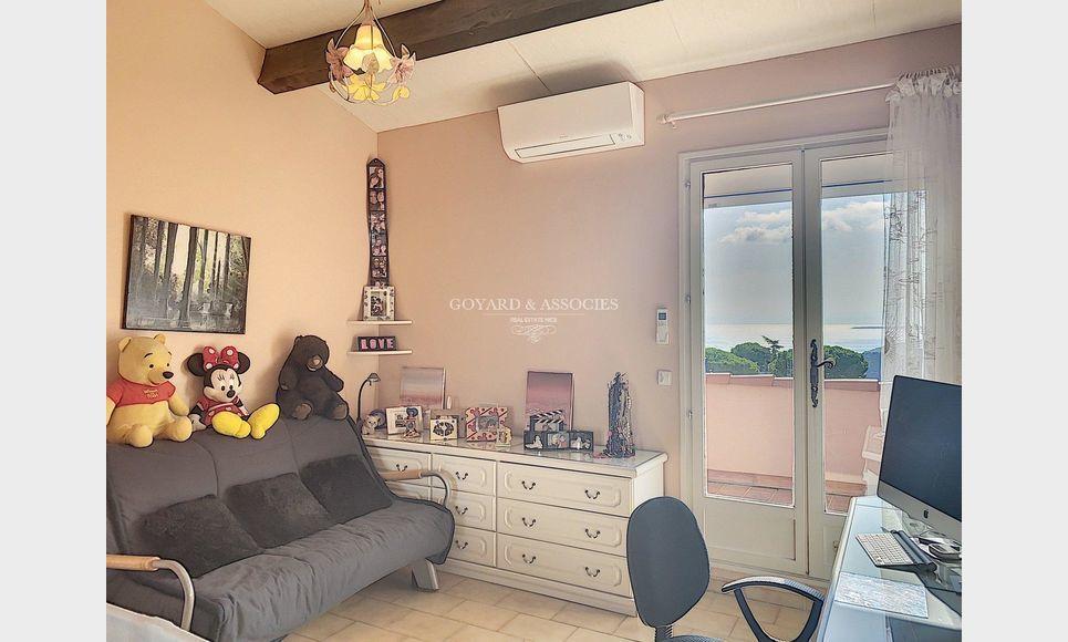 Eze Village - Maison 5 pièces 198 m2 : Photo 6