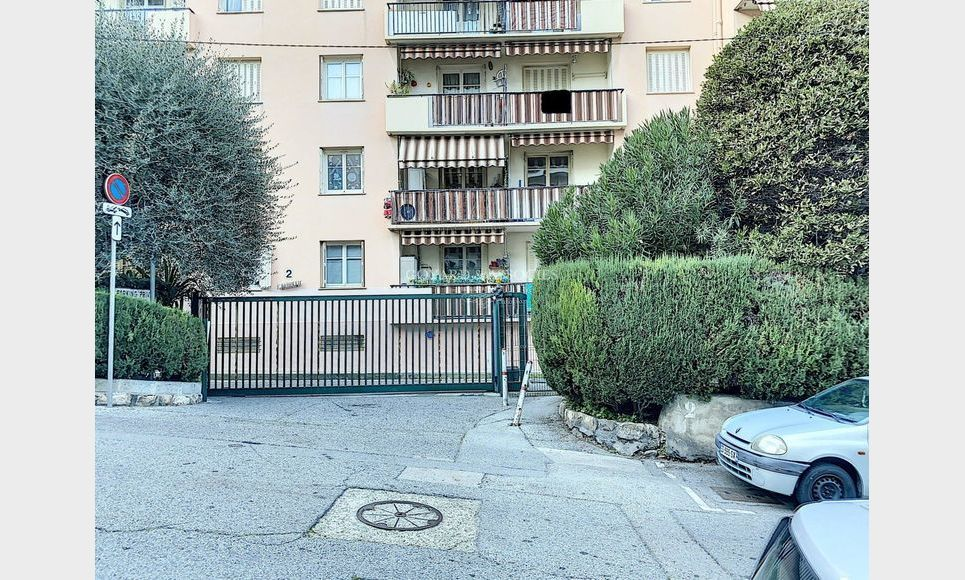 Appartement 3 Pièces - Lieutenant Charpentier : Photo 1